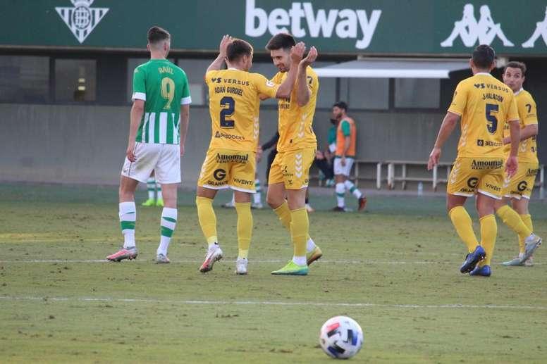 El UCAM Murcia se deja dos puntos ante el Betis Deportivo. UCAMMurcia