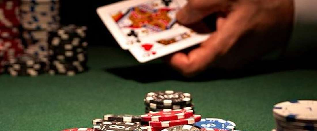 These professional soccer players are also enthusiastic casino players. Twitter