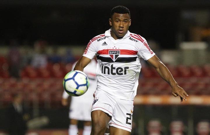 Luan deve ser titular do São Paulo no clássico e melhora números do time. Twitter/SaoPauloFC