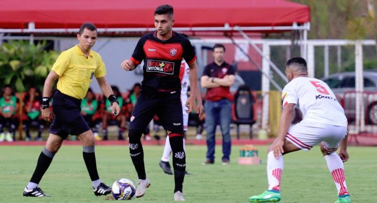 Luan llega a préstamo a Palmeiras con opción de compra. EsporteClubeVitoria