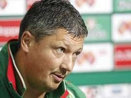 Lubo Penev, nuevo entrenador del Litex. Twitter