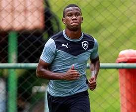 El joven atacante tenía contrato con el Botafogo hasta 2018. Botafogo