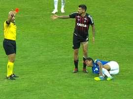 El árbitro no lo dudó ni un segundo. Captura