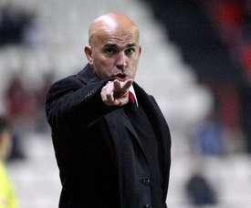 Luis César Sampedro, entrenador del Albacete, dirige a su equipo durante un partido. Twitter