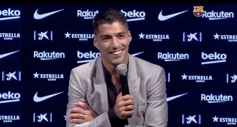 Suárez hizo un gestito. Captura/BarçaTV