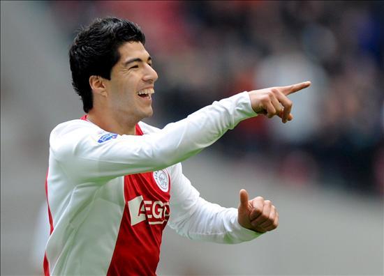 Um dos maiores nomes a passar pelo Ajax: Luis Suárez. EFE