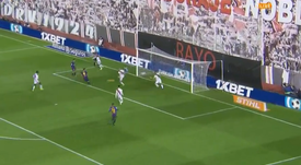 Luis Suarez opened the scoring for Barcelona. Captura/BeInSports