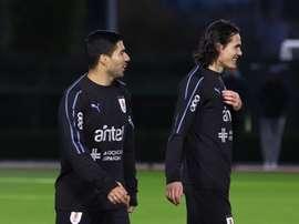 Tabárez cuenta con sus dos delanteros. Uruguay