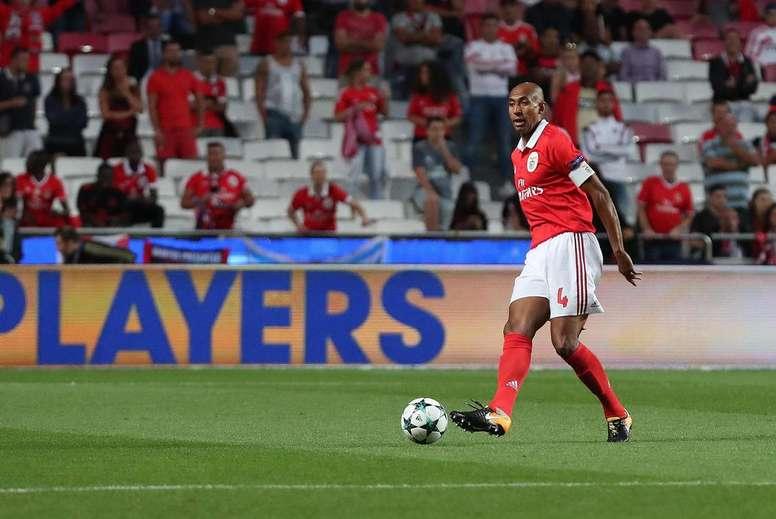 O 'Girafa' é uma figura incontornável do Benfica. Facebook/Benfica
