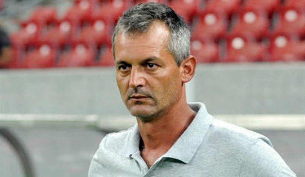 Lisca não é mais treinador do Vasco da Gama. Criciuma