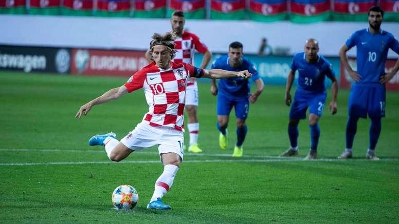 Modric anotó el 1-0 desde el punto de penalti. Twitter/HNS_CFF