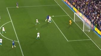 Lukaku cabeceó para firmar el primer gol del campeón. Captura/MovistarLigadeCampeones