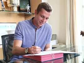 El centrocampista danés firma para las próximas cuatro temporadas. Girondins