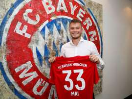Bayern renova com Lukas Mai até 2022. Twitter/FCBayern