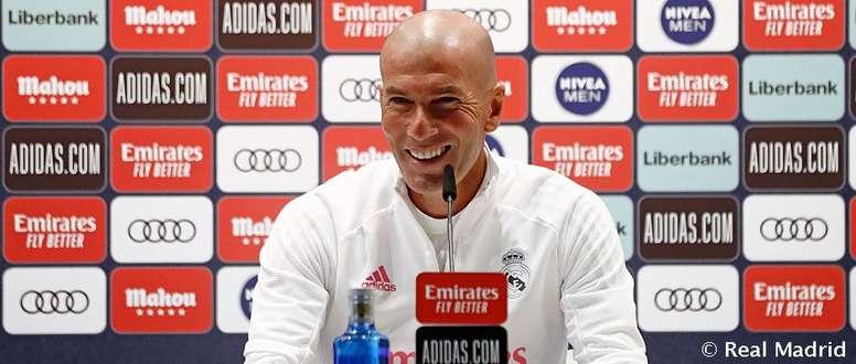 Zidane quiso ser ''respetuoso'' con el Barça. RealMadrid