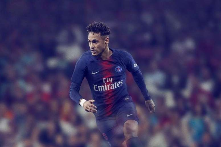 online store cd09a 535de PSG's new kit unveiled - BeSoccer