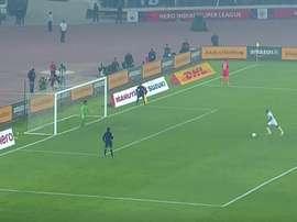 Malouda, justo antes de fallar un penalti ante el Kerala Blasters. Youtube - Football24
