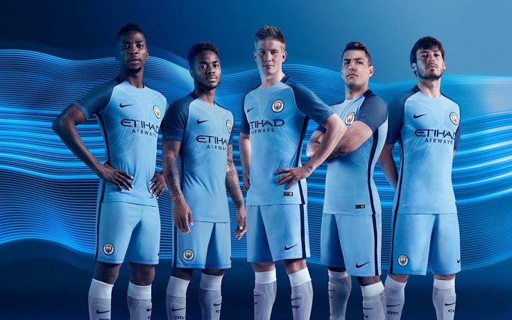 buy online 2b185 9c3ca Manchester City unveil new home kit for 2016-17 season ...