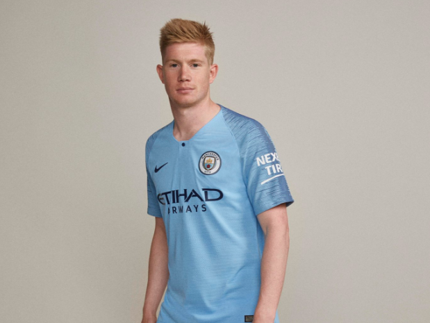14c90ff4c7f Pin Manchester City have unveiled their new kit for the 2018 19 season.  Twitter