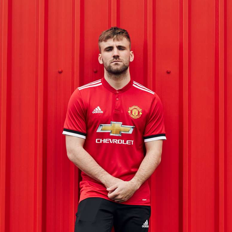 7d5099b9d69 Pin Manchester United s new home strip for the 2017 18 season.  Twitter ManUtd