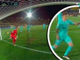 Calleri marcou um pênalti ao barcelona. Twitter/Casadelfutbol