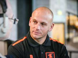 Mansfield Town manager Adam Murray has banned mobile phones at the club. MansfieldTown