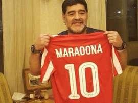 Maradona volta a treinar, cinco anos depois da sua última experiência como técnico. Twitter