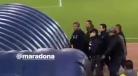 Maradona vio la tarjeta roja. Twitter/SC_ESPN