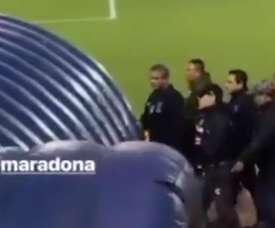 Maradona a vu carton rouge. Twitter/SC_ESPN
