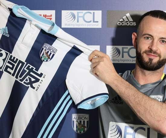 Wilson podría dejar el Bournemouth por el West Ham o el Hull City. WBA