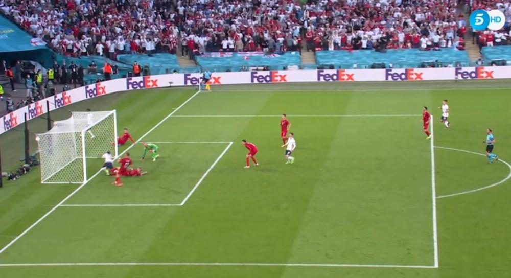 Simon Kjaer scored an own goal for Denmark. Screenshot/Telecinco