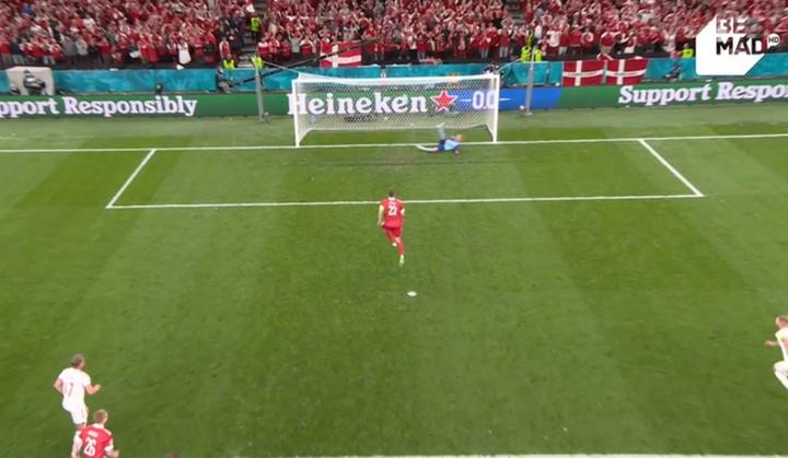 Dzyuba marcó de penalti. Captura/BeMad