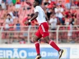 Marcao se marcha a la Serie B de Brasil. ituanofc.com