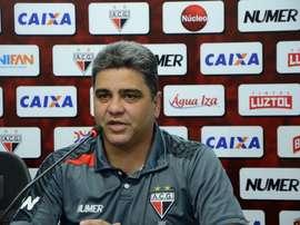 Atlético Goianiense despide a su técnico tras la racha de malos resultados. Atlético Goianiense