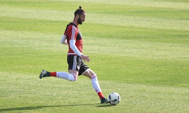 Marcelo Larrondo seguirá en Unión La Calera. RiverPlate