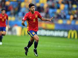 A Espanha 'destruiu' a Macedônia com um triunfo por 5-0. AFP