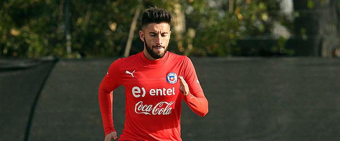 Marco Medel durante un entrenamiento con la selección de Chile.