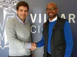 Marcos Senna en su nueva etapa en el Villarreal, como miembro del departamento de Relaciones Institucionales. Twitter