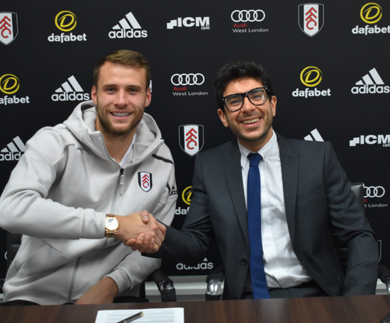 Bettinelli has signed a contract extension until 2021. Twitter/FulhamFC