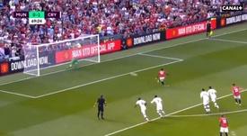 Rashford falló su primer penalti como profesional. Captura/Canal+