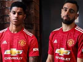 United apresenta novos uniformes para a temporada 20-21. ManUtd