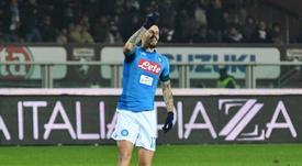 Hamsik celebra o (histórico) gol apontado ao Torino. Twitter/Napoli