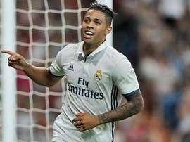 Mariano celebra un gol ante el Stade de Reims. RealMadrid
