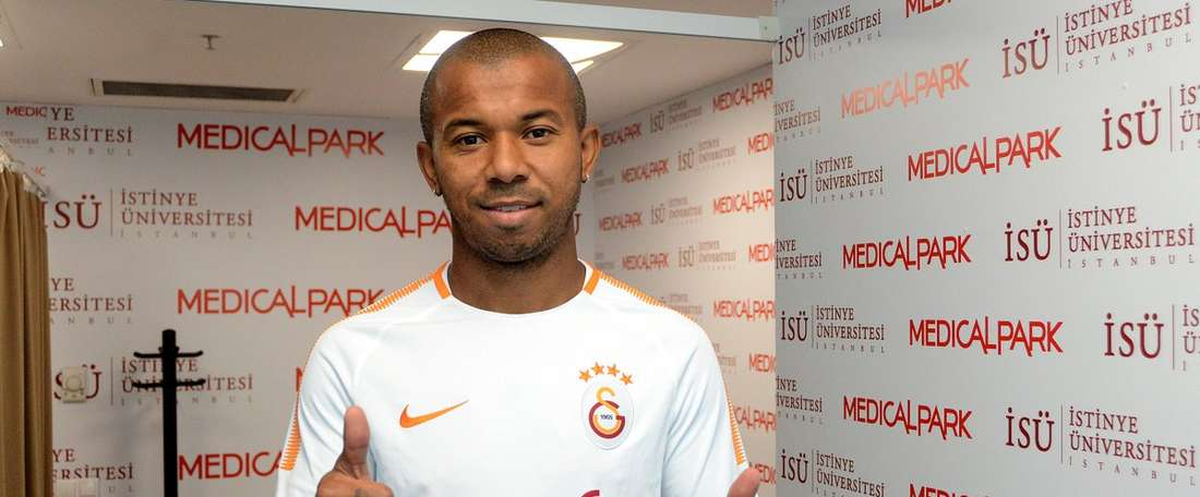 Galatasaray appoint Mariano as their new player. GalatasaraySK