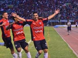 Mariano Torres, nuevo jugador del The Strongest, celebrando un gol con el CD Jorge Wilstermann. Twitter