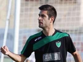 Mario Martos cambia el Olympiakos Nicosia por el Linares Deportivo. MigrantesdelBalón