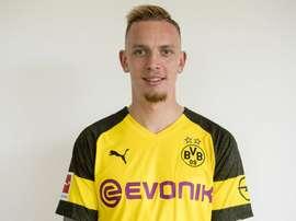 Marius Wolf assinou pelo Dortmund até 2023. Twitter/BVB