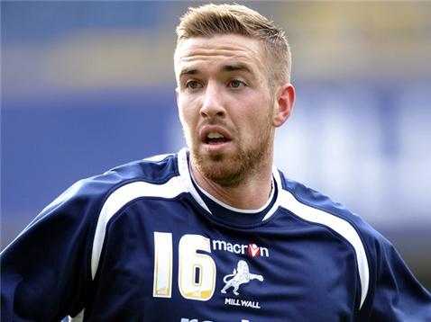 Mark Beevers jugará en el Bolton Wanderers, al menos, las dos próximas temporadas. MillwallFC