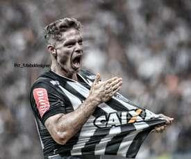 Marlone já é do Atlético Mineiro. Twitter @catleticomg