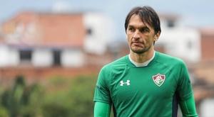 Fluminense renova contrato com Matheus Ferraz. Fluminense